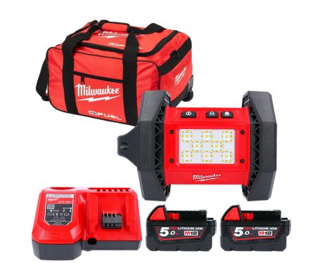 Milwaukee M18AL 18V Trueview Rover Area Light With 2 x 5.0Ah Batteries, Charger & 19
